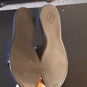 Donald J. Pliner Shoes - Donald J Pliner Sandals